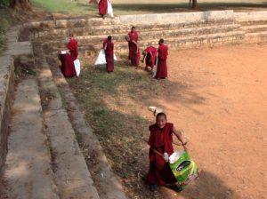 Tibetisches Zentrum Patenschaften Schule Bildung