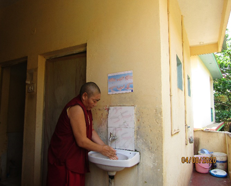 Tibet.de Nonnen Corona Hygiene