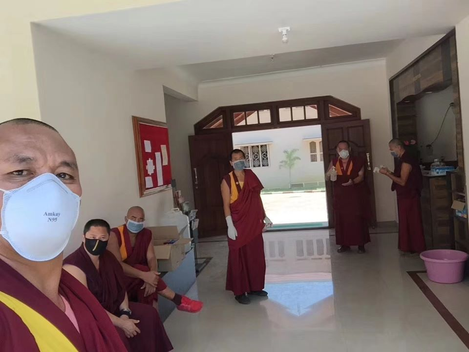 Tibet.de Mönche Kloster Sera