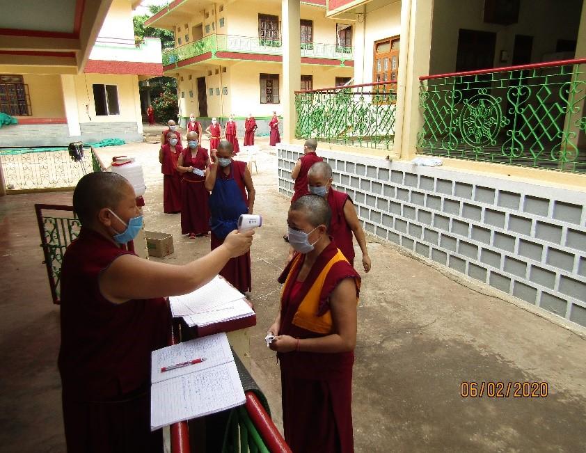 Tibet.de Nonnen Corona
