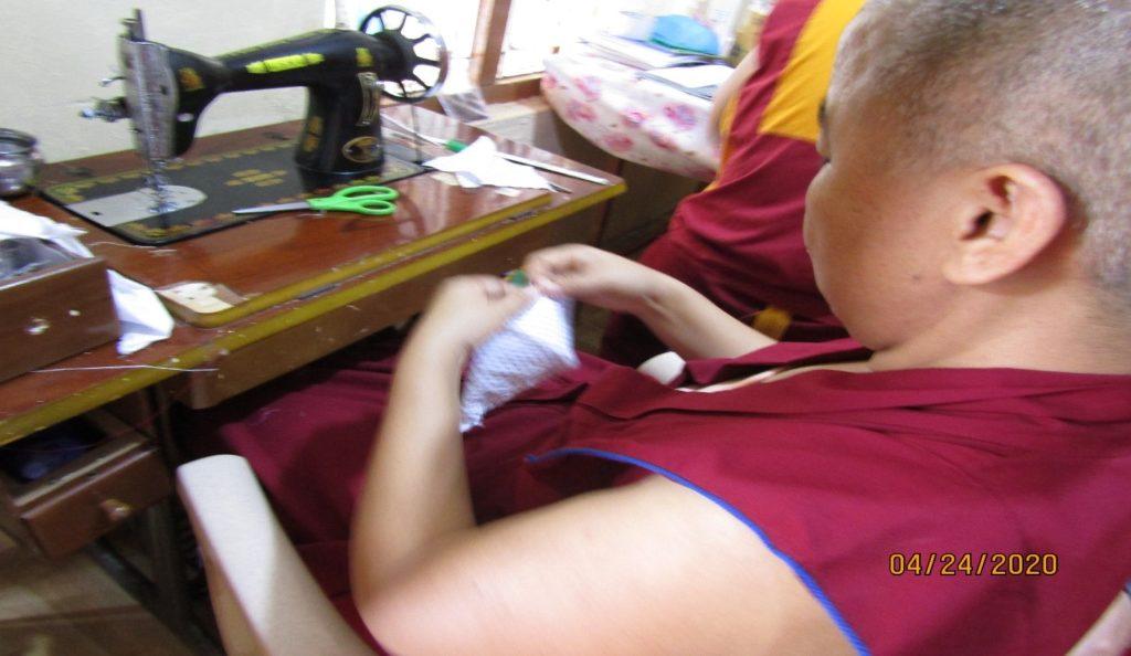 Tibet.de Nonnen Corona Schutz