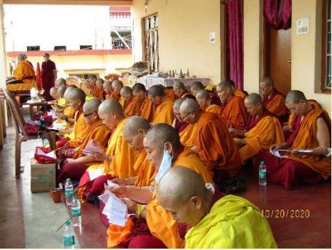 Tibet.de Nonnen beten Patenschaften