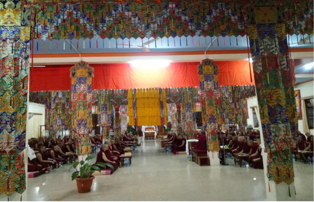 Tibet.de Patenschaften Nonnen
