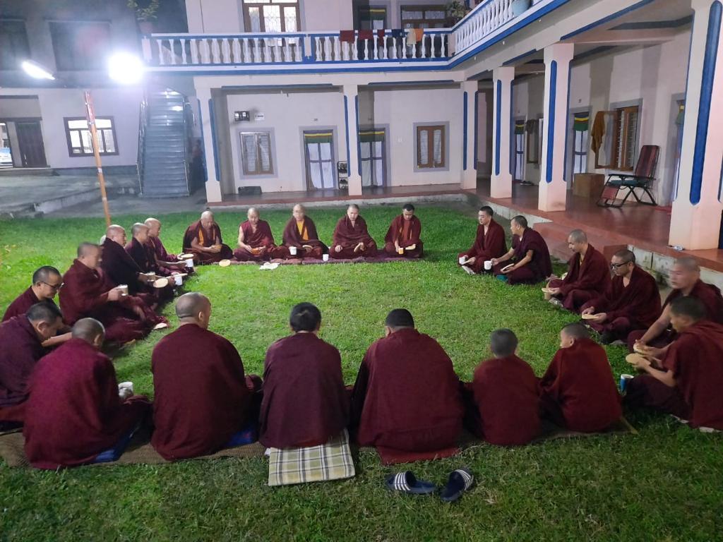 Tibet.de Mönche Sera Patenschaften