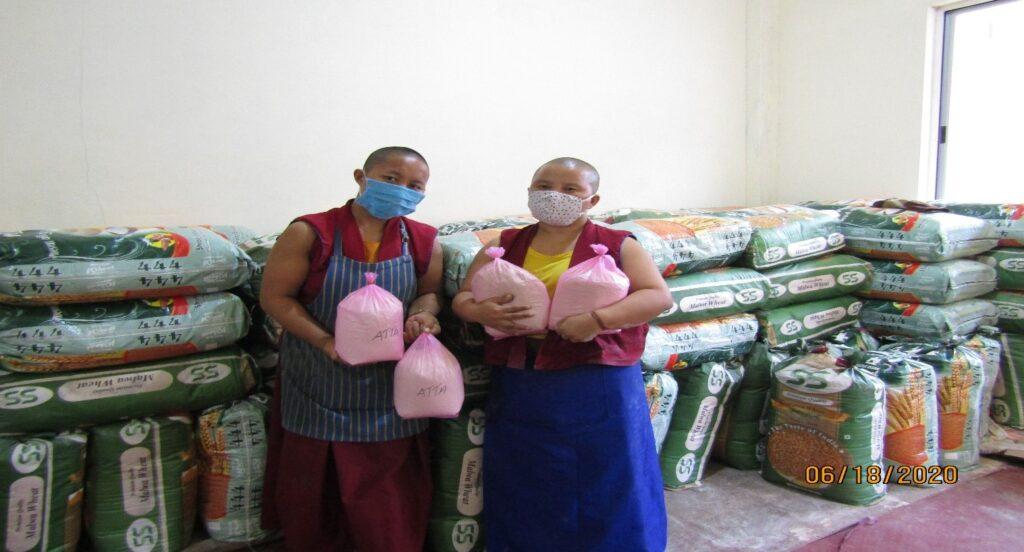 Tibet.de Nonnen Tsampa